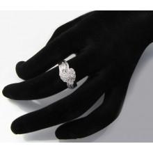 Stříbrný prsten se zirkony KPS113