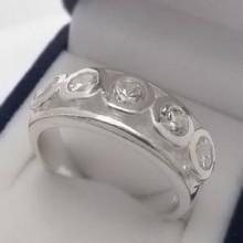 Stříbrný prsten KPS134