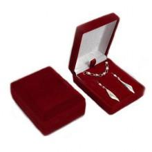 Bordó krabička na přívěsek, náušnice nebo sadu