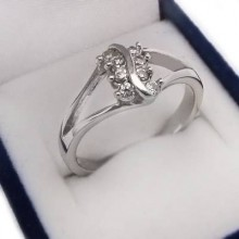 Stříbrný prsten (KPS147)