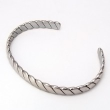 Dámský náramek z chirurgické oceli (KND93)