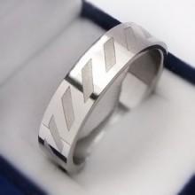Prsten z chirurgické oceli (KP15)