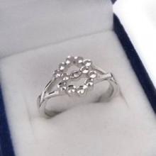 Stříbrný prsten KPS024