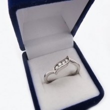 Stříbrný prsten KPS040