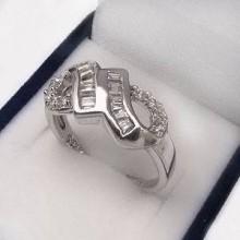 Stříbrný prsten (KPS043)