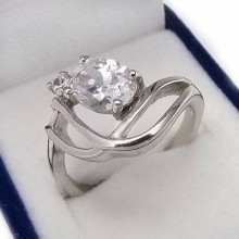Stříbrný prsten KPS058