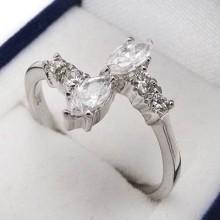 Stříbrný prsten KPS059
