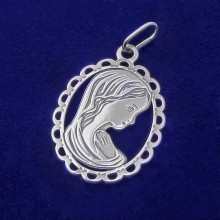 Stříbrný přívěsek madonka (KPRS076)
